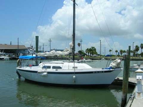 Ericson 25 Plus, 1980 sailboat