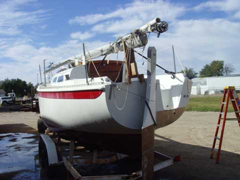 Ericson 25, 1976, Salina, Kansas sailboat