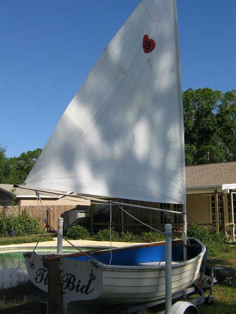 FATTY KNEES SAILING DINGHY, 9' sailboat
