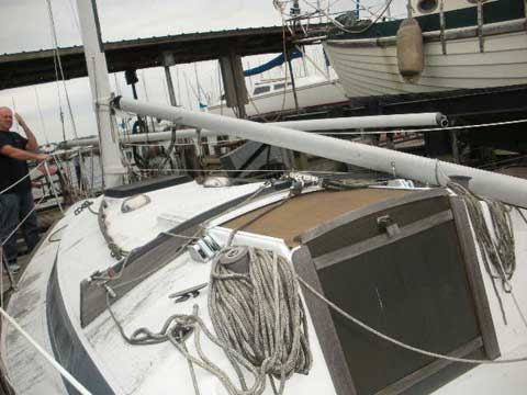 Freedom 25 sailboat