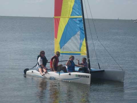 Hobie Wave Catamaran (13ft), 2010 sailboat