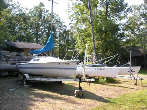Holder 20, 1987, Cave Run Lake, Kentucky sailboat