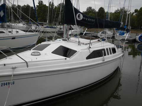 Hunter H260 2002 Carlyle Illinois Sailboat For Sale