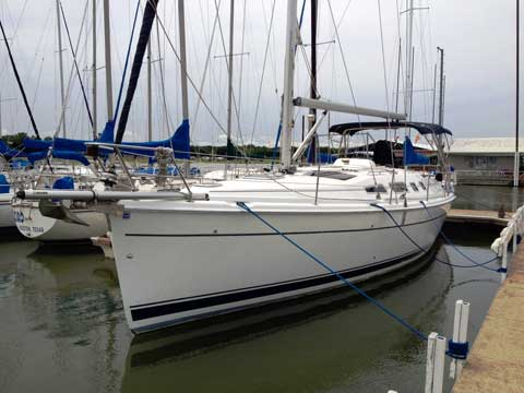Hunter 41, 2004 sailboat