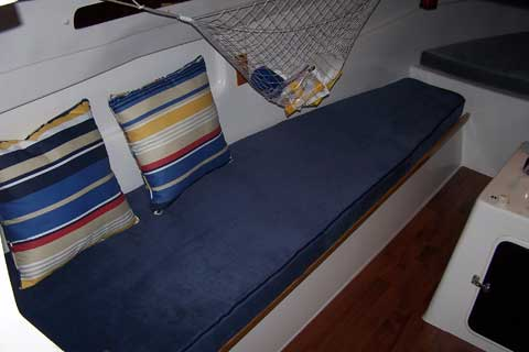 Macgregor 26C, 1993 sailboat