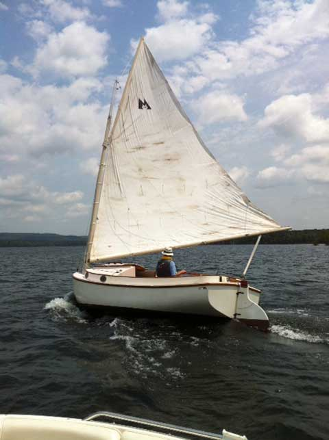 Mengercat 19', 2005 sailboat