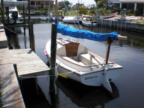 Menger 19 catboat, 2001 sailboat