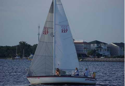 Merit 25, 1981, Fort Walton Beach, Florida sailboat