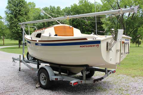 Montgomery 17', 2008 sailboat