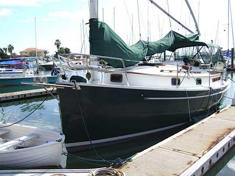 Hinterhoeller Nonsuch 26, 1982 sailboat