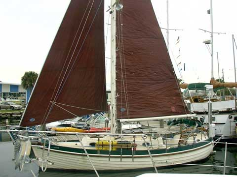 Nor'Sea 27, 1984 sailboat