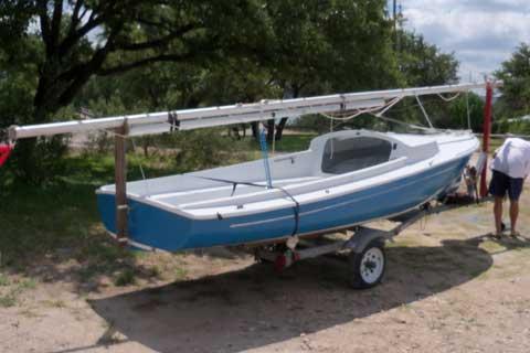 O'Day Daysailer II, 17', 1977, Waco, Texas sailboat