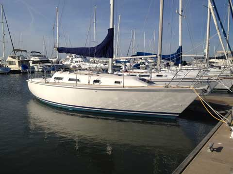 Pearson 31, 1988 sailboat