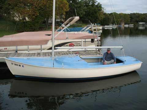 Rhodes 19 Keel Model, 1964 sailboat
