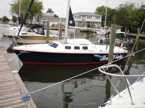 Rhodes 22, 1986 sailboat