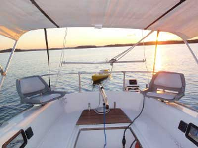 Rhodes 22, 1980 sailboat