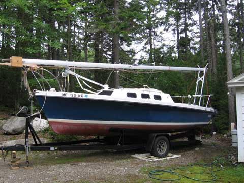 Rhodes 22 Keel/Centerboard, 1984 sailboat