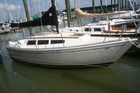 S2 8.0B, 1983 sailboat