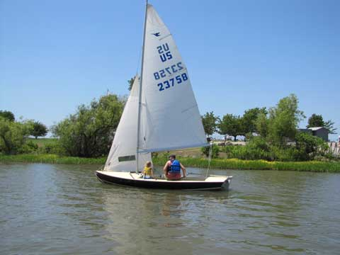 Phoenix Snipe, 1981 sailboat