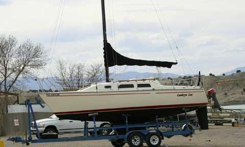 Starwind 27, 1985, Pueblo, Colorado sailboat