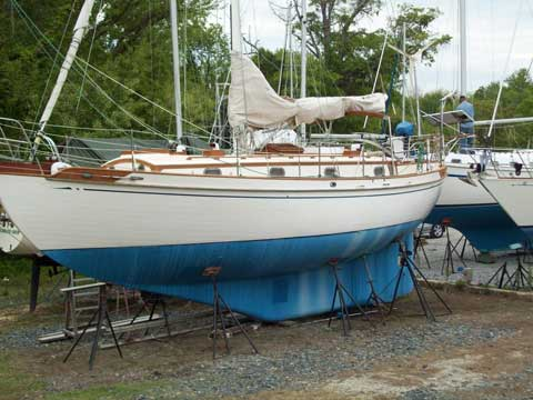 Tayana 37 1981 Mayo Maryland sailboat for sale from