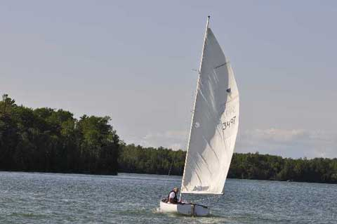Thistle, 1976 sailboat