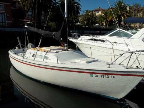 Venture 24, 1969 sailboat