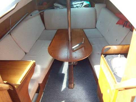 Yachting France 27, 1984 sailboat