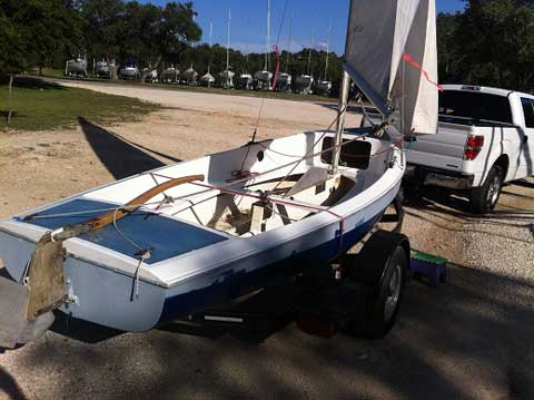 Advance Sweet 16, Pre-1973 sailboat