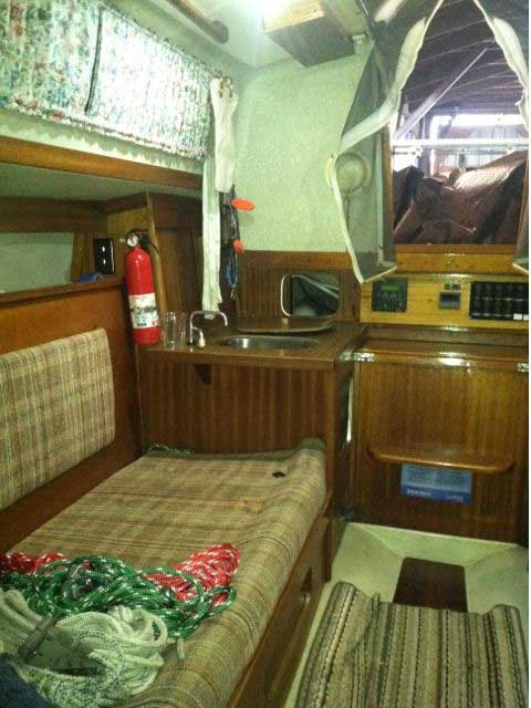 Albin 27 1975 sailboat
