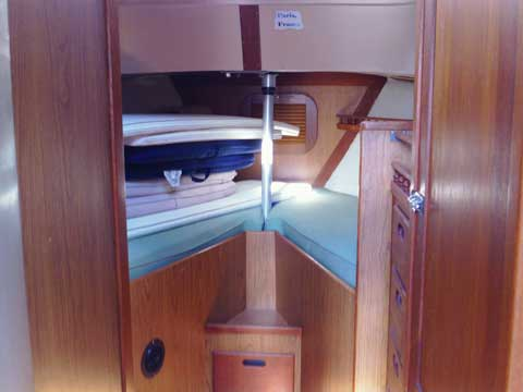Allied Mistress Center Cockpit Ketch, 1972 sailboat