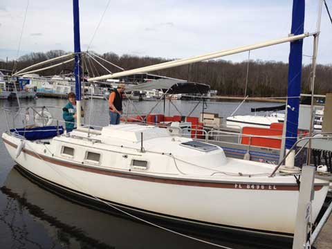 Beachcomber 25 1982 Nashville Tennessee Sailboat For