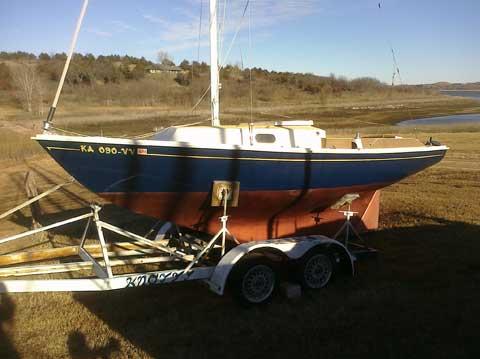 Bristol Corinthian 19ft, 1970s, Manhattan, Kansas sailboat