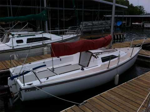 Capri 22 fin keel, 1985 sailboat
