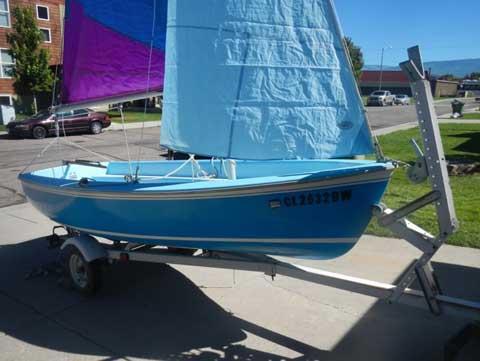 Omega 14, 1984 sailboat