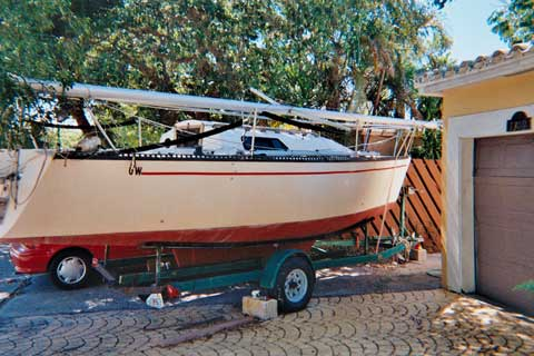Captiva 24, 1986 sailboat