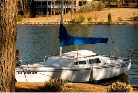 Catalina 22, 1982 sailboat