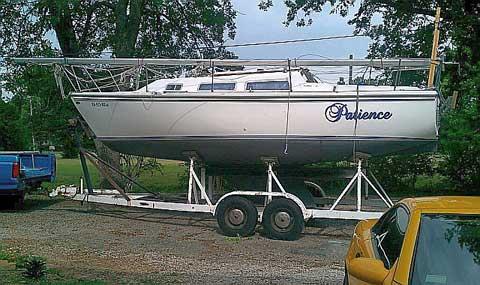 Catalina 25', Fin Keel, 1980 sailboat
