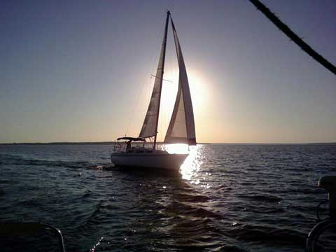 Catalina 27, 1981, Grand Pappy Marina, Lake Texoma, Texas sailboat
