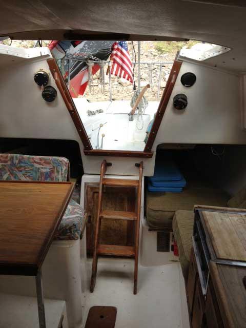 Catalina 27, 1976 sailboat