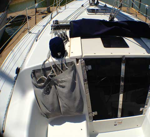 Catalina 320, 2001 sailboat