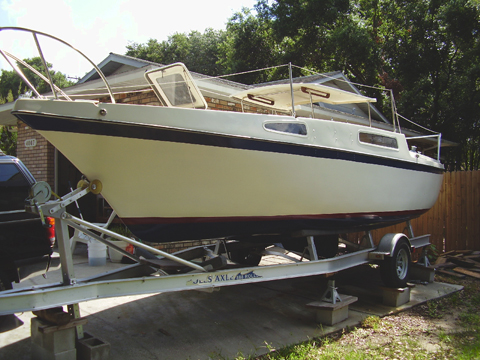 Clipper Marine 26, 1976 sailboat