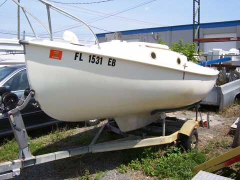 Hutchins Compac 16, 1980, Cocoa, Florida sailboat