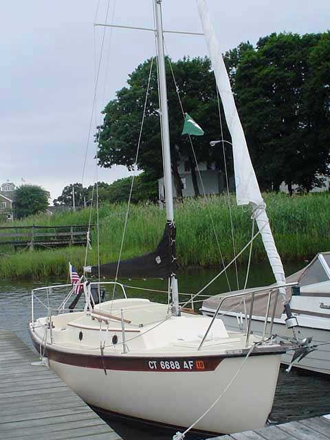COM-PAC 19 II, 1985, Noank, Connecticut sailboat