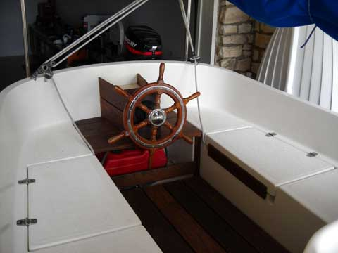 Com-pac Horizon Cat, 20', Central Texas sailboat