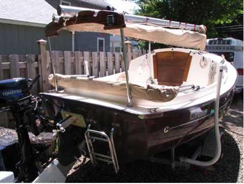 Com-Pac Sun Cat, 2006 sailboat