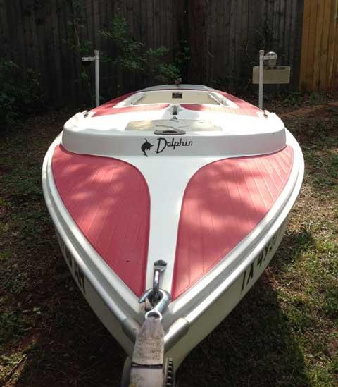 Dolphin Senior, 1985 sailboat