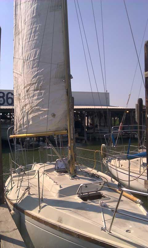 Dufour 27, 1974 sailboat