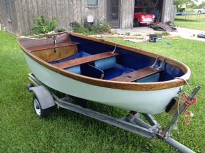 Dyer Dhow sailing dinghy, 1980 sailboat
