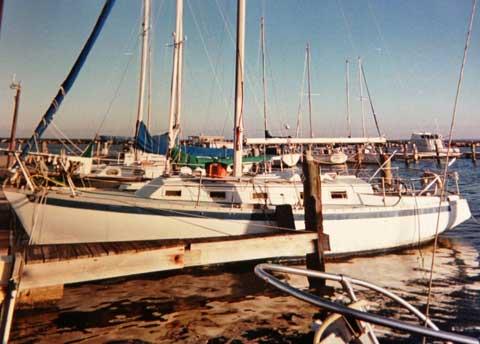Endeavor 32, 1977, Corpus Christi, Texas sailboat